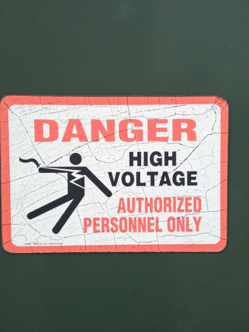 High voltage risk!